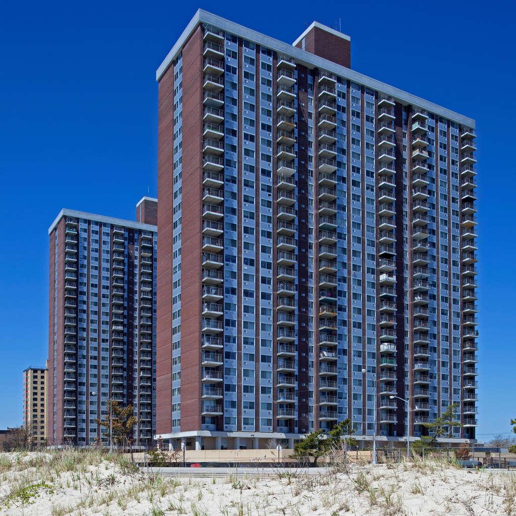 Cheap Apartments In California: Ocean Park Apartments